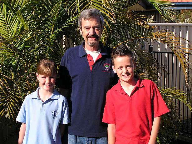 2009 grandpa and kids.JPG